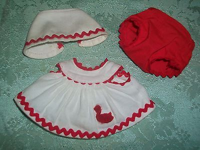 """Vintage 50'S Vogue 8"""" Ginnette/Ginny Doll~White/Red Sun-suit w/Bonnet & Panties"""