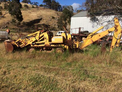 John Deere jd450b track loader/back hoe running but needs brake fixed Callington Murray Bridge Area Preview