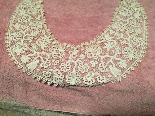 Vintage lace collar -White