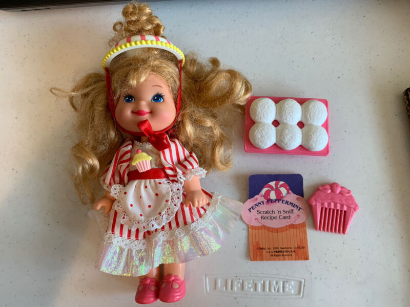 Vintage 1989 Cherry Merry Muffin Penny Peppermint Doll Complete