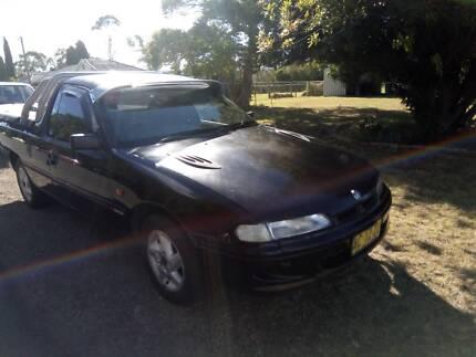 Holden Commodore Ute vs