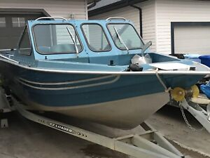 19.5' Marathon Jet Boat w/ inboard  Marine Power 350 (V8)