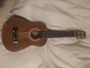 """21"""" ukelele - Balinese.  Like new.  Wooden Wantabadgery Junee Area Preview"""