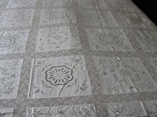 GORGEOUS LARGE ANTIQUE FILET LACE AND CUT WORK TABLECLOTH