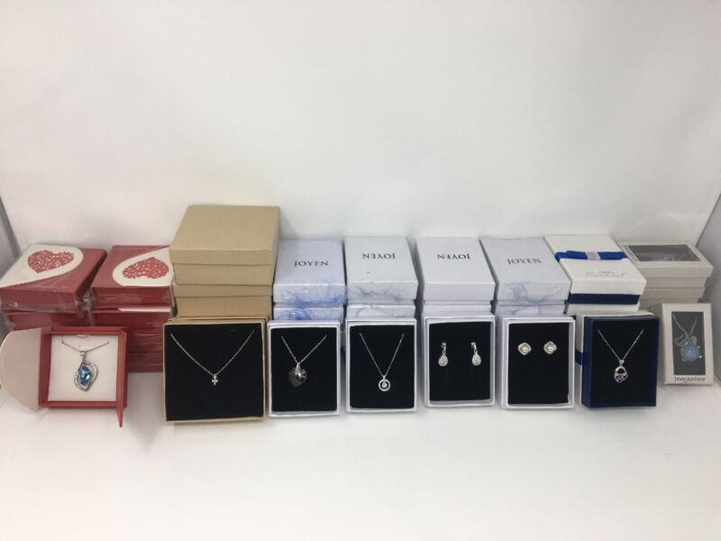 WHOLESALE LOT 45 PIECES OF NICER BOXED JEWELRY-------FREE SHIPPING