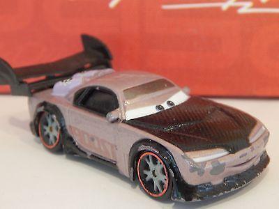 Disney Pixar Cars Maßstab 1:55 Metall BOOST Bad Boy Auto
