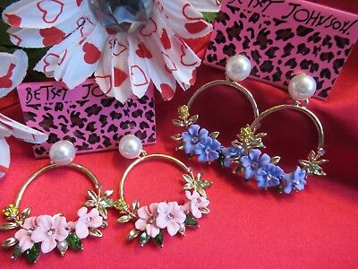 Lavender Dangle (Betsey Johnson Elegant Jewelry Hoop Resin Flower Pink Lavender Dangle)