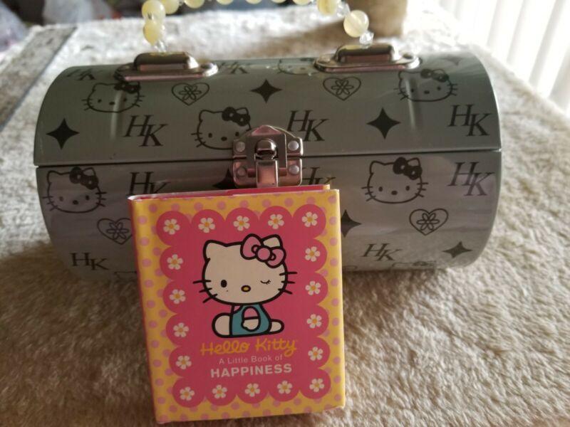 Hello Kitty Tin Purse with free gift