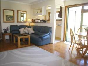 2 BEDROOM FURNISHED UNIT- next to BEACH, TRANSPORT, WOOLWORTHS