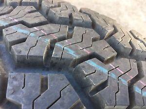 78, 79, 76 series Toyota 5 stud split rim and brand new tyre Windella Maitland Area Preview