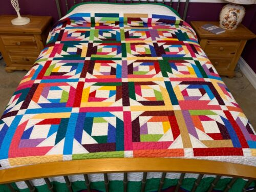Over King Size Log Cabin  machine pieced and quilted   quilt #49