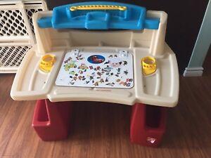 Toddler craft desk
