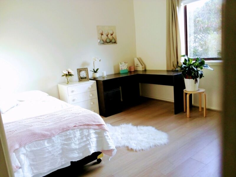 Sunny Private Room Castle Hill Females Only Flatshare Houseshare Gumtree Australia The Hills District Castle Hill 1265564905