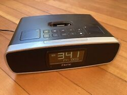 iHome iA90 Dual Alarm Clock Radio for Iphone and Ipod, Includes Remote