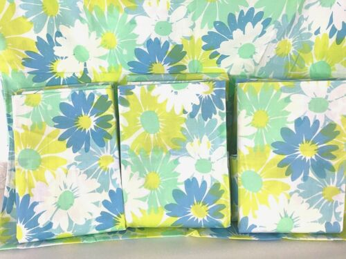4 NOS NEW Retro PEQUOT King Pillow Cases Flower Power Floral Daisies Blue/Green