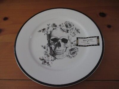 NEW HALLOWEEN CIROA Skull and Roses Plate, Skeleton, Creepy & Cool!