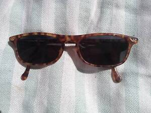 EMPORIO ARMANI sunglasses, used but good condition P/up in Bronte Bronte Eastern Suburbs Preview