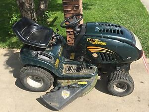 17hp lawnmower tractor