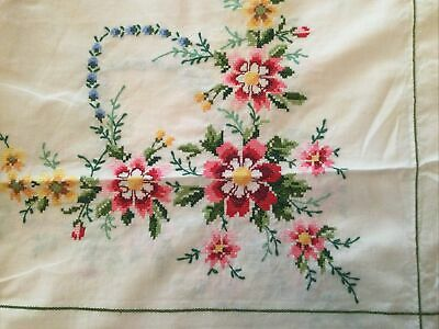Vintage Embroidered Tablecloth - Floral