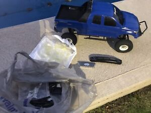 Rc axial scx10 1 /2. Custom hardbody tundra