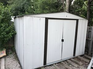 Metal shed in decent shape FREE