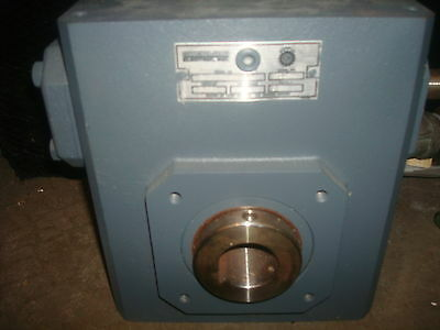 Sterling Gear Motor Reducer Box Drive 8.863 Hp 7.51 Model 232fhry7500152