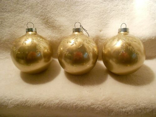 Set of 3 Beautiful RAUCH Vintage Gold Ornaments