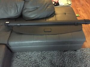 Audi Q7 Cargo Cover perfect condition