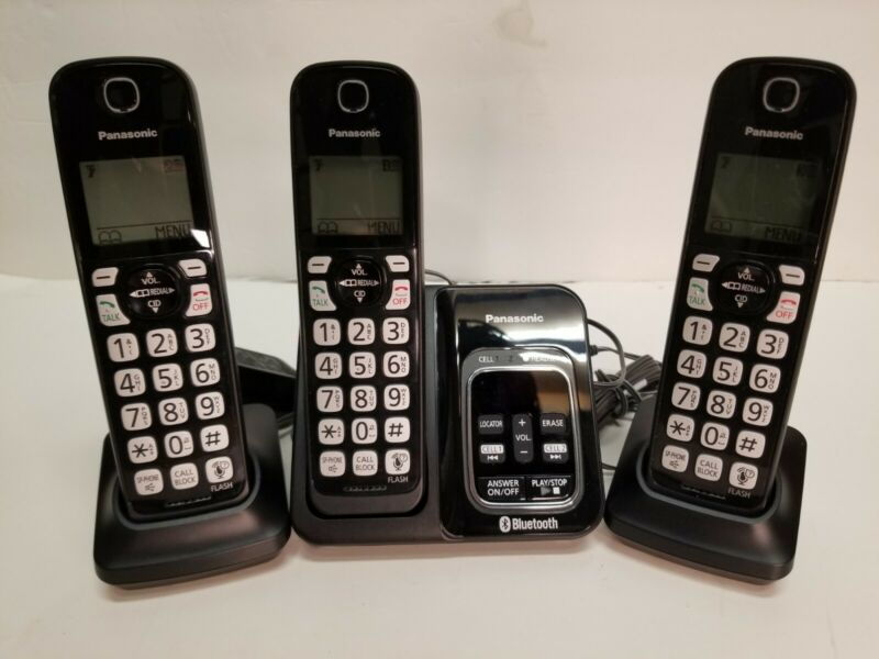 Panasonic KX-TGD560 Link2Cell Cordless Tele W digital answering 3 Handsets