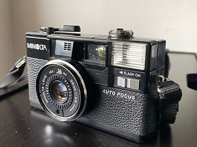 Minolta Hi-Matic AF2 Point and Shoot Film Camera 38mm f2.8 - With Case