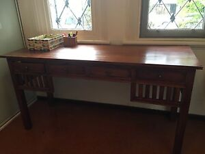 Elegant wooden desk Leichhardt Leichhardt Area Preview