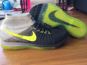 Nike all out flyknit sneakers