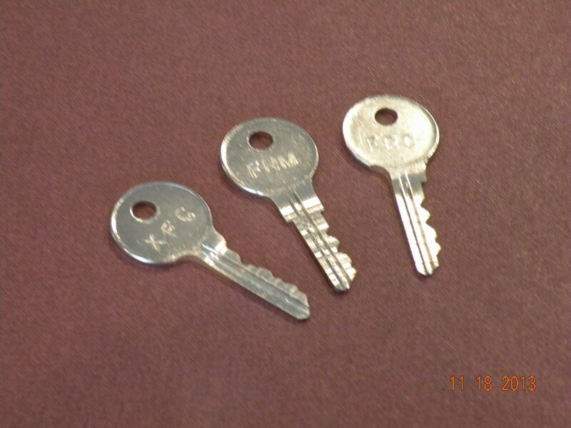 ( 2 ) STEELCASE MASTER OR CORE KEYS ( FR and XF SERIES LOCKS ) OFFICE FURNITURE