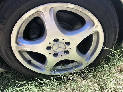 """Mercedes s500 alloy wheels 18"""""""