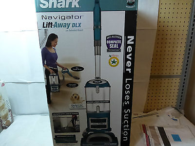 Shark Uv490 Navigator Lift Away Deluxe Upright Vacuum With Extended Reach New