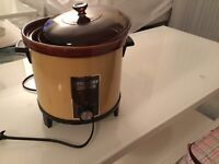 Sears Brand Slow Cooker $5.00