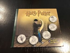HARRY POTTER COLLECTIBLES (2001)
