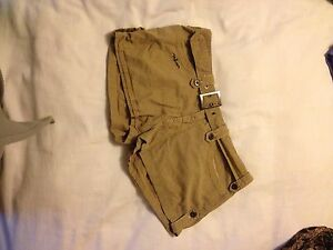 Volcom shorts Medium size 7