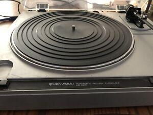 Kenwood KD-22R Automatic Return Turntable with Stylus