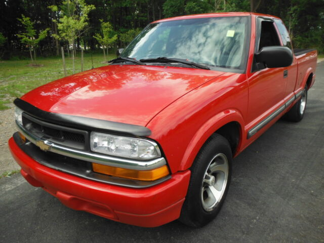 Image 1 of Chevrolet: S-10 LS EXTRA…