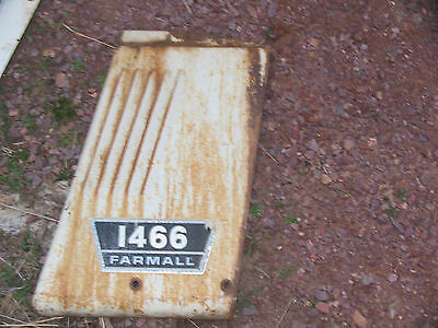 International Ih Farmall Tractor 1466 Side Panel