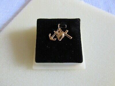 Vintage 18K Columbian Gold Faith Hope And Charity Charm STUNNING  - $125.00