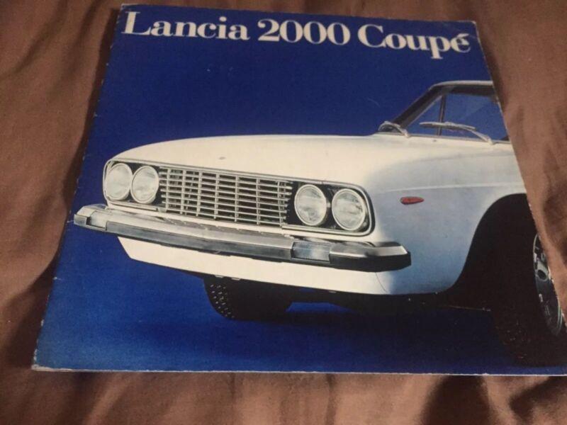 1970s Lancia Flavia 2000 Coupe large Prestige Color Brochure Prospekt