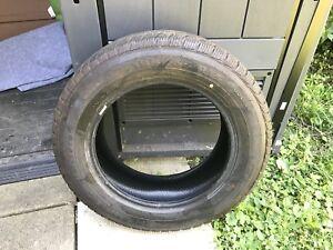 4 pneus d'hiver 185/65R15, dont 2 neufs, 250$ pour les 4