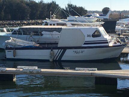 8m  / 28ft Fraser/Freedom Marine  Fiberglass Ex Cray boat