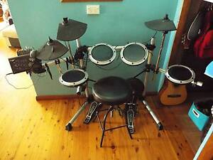 Electric Drum Kit Oak Flats Shellharbour Area Preview