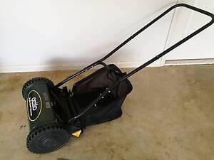 Ozito Push Mower w catcher Thornlands Redland Area Preview