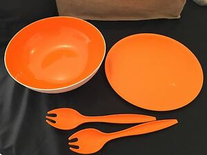 BRAND NEW TUPPERWARE ALLEGRA 3.5L Bowl w/lid and 2 servers Prospect Prospect Area Preview