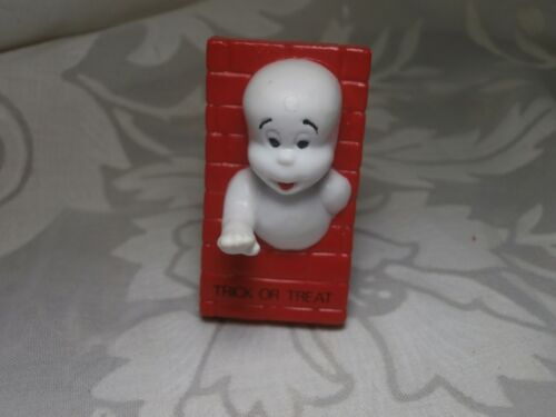 1989 CASPER THE FRIENDLY GHOST IN BRICK WALL TRICK OR TREAT PVC FIGURE HALLOWEEN
