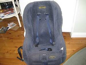 Safe n Sound child's carseat Longueville Lane Cove Area Preview